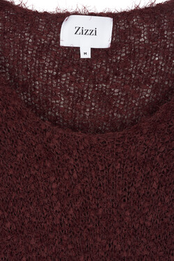 Roter Strickpullover